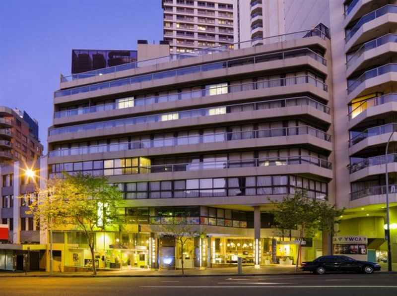 Y Hyde Park Hotel budget Hotel close to Hyde Park Sydney