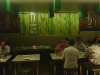 viet de lites vietnamese restaurant south bank brisbane. Black Bedroom Furniture Sets. Home Design Ideas